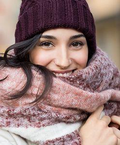 Ciepłe czapki zimowe – jak wybrać najlepsze damskie dodatki na mroźne dni?