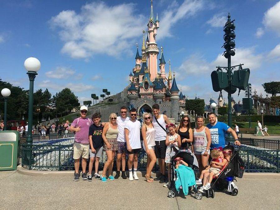 Wymarzona wycieczka do Disneylandu zamieniła się w koszmar. Rodzina poniosła duże koszty