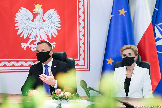 Wielkanoc 2021. Andrzej Duda i Agata Kornhauser-Duda spotkali się z Wojskiem Polskim