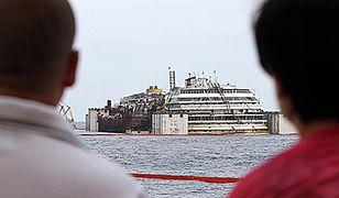 Costa Concordia znowu pływa