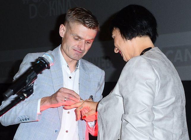 """Tomasz Komenda oświadczył się Ani Walter podczas uroczystej premiery filmu """"25 lat niewinności. Sprawa Tomka Komendy"""""""