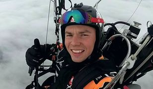 Wojciech Bógdał jest mistrzem Polski, Europy i świata w motoparalotniarstwie slalomowym