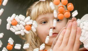 Coraz więcej dzieci pod wpływem środków nasennych