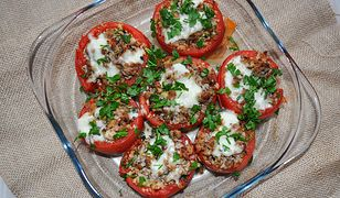 Pomidory faszerowane mięsem mielonym