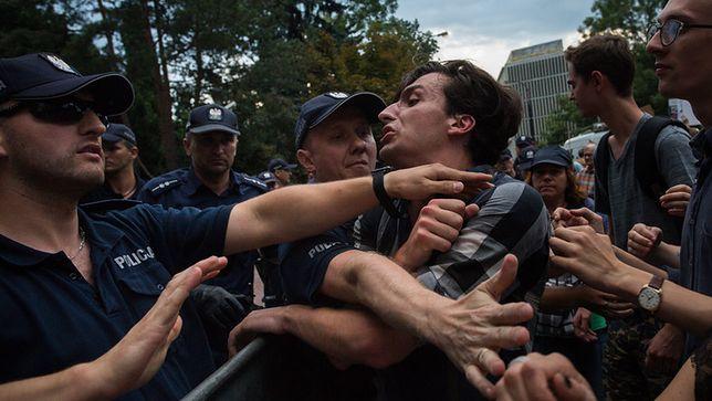 """""""Dawid Winiarski został pobity, policja stosowała brutalne metody"""". Mecenas Kaczyński i słowo przeciwko słowu"""
