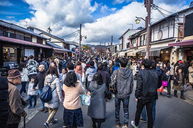 Kioto normalnie oblegane jest przez tłumy turystów. Teraz wygląda jak wymarłe miasto