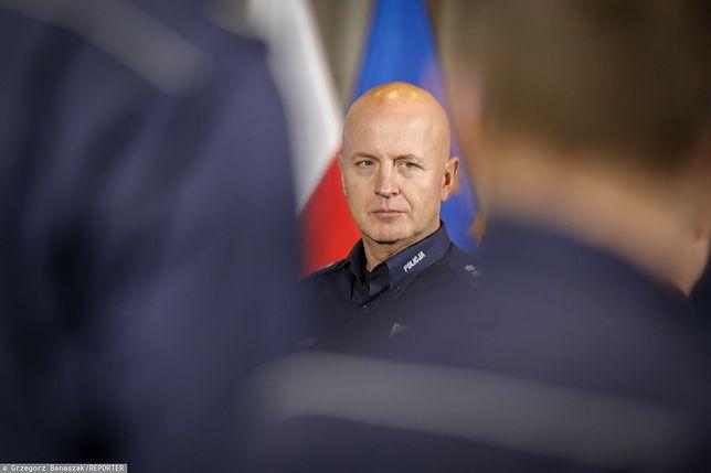 Od ponad miesiąca szef policji Jarosław Szymczyk nie pokazuje się publicznie