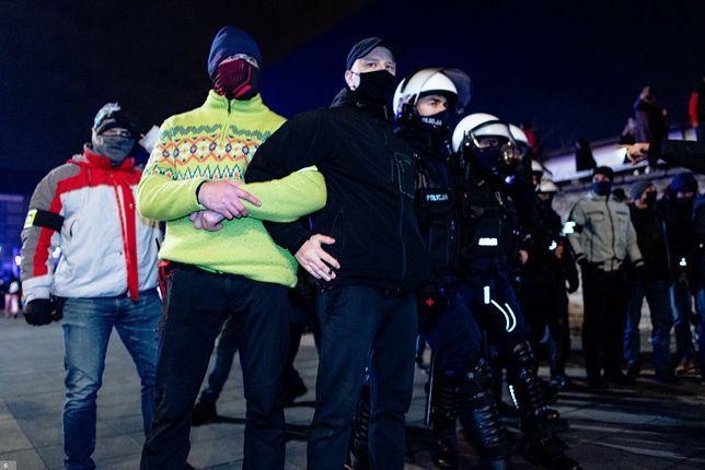 Nieoficjalnie na proteście pojawiło się 60 funkcjonariuszy po cywilnemu