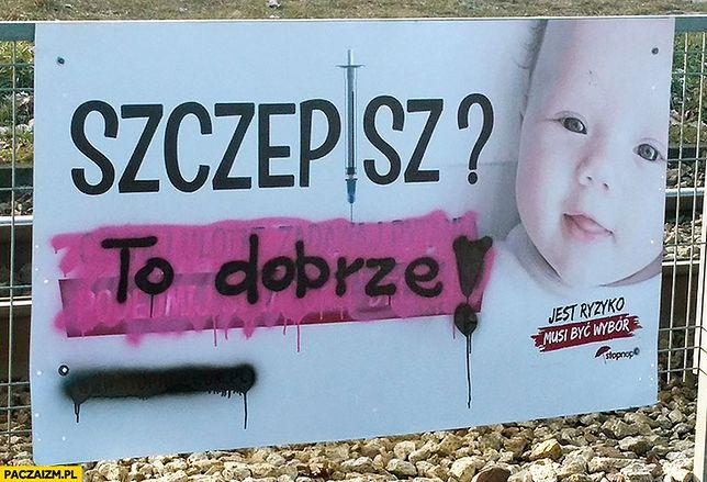 Łódź bojkotuje antyszczepionkowców. Ktoś zamazuje ich plakaty