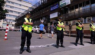 Robił zdjęcia przed siedzibą PiS. Został zatrzymany