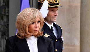 Brigitte Macron spaceruje wzdłuż Sekwany. Żona prezydenta Francji nie spędza kwarantanny w domu