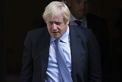 """Maciej Zakrocki: """"Boris Johnson przegrywa. Kto mieczem wojuje...."""" (Opinia)"""