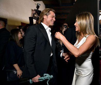 """Brad Pitt i Jennifer Aniston """"wygrali internet"""" zakulisowym spotkaniem"""