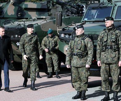Dziś średnia pensja w armii to 5530 złotych brutto.
