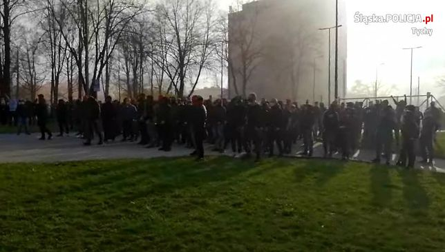 Śląsk. W Tychach około 200 osób zgromadziło się, by m.in. wspomóc swój klub w walce z Radomiakiem.