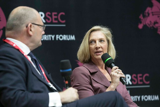 Melissa Hathaway na konferencji CYBERSEC17 w Krakowie.