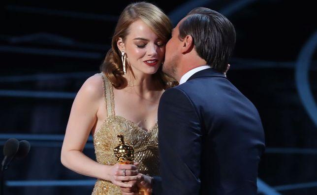 Emma Stone odbiera Oscara dla Najlepszej Aktorki Pierwszoplanowej