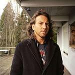 Eddie Vedder z technicznymi Camerona Crowe'a
