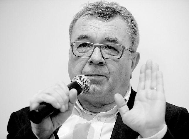 Pogrzeb Grzegorza Miecugowa. Dziennikarz został pochowany na Powązkach