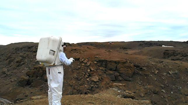 Inteligentne rękawice pomogą eksplorować Księżyc, Marsa i inne planety.