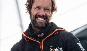 Thomas Coville po pobiciu rekordu w samotnej żegludze dookoła globu, grudzień 2016 roku.