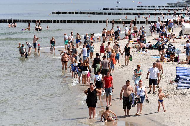 Sarbinowo. Tragedia na niestrzeżonej plaży. Nie żyje 45-latek