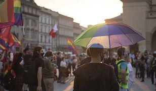 """Parafie stracą pieniądze z Unii Europejskiej? Do Brukseli płyną skargi na """"Stop LGBT"""""""