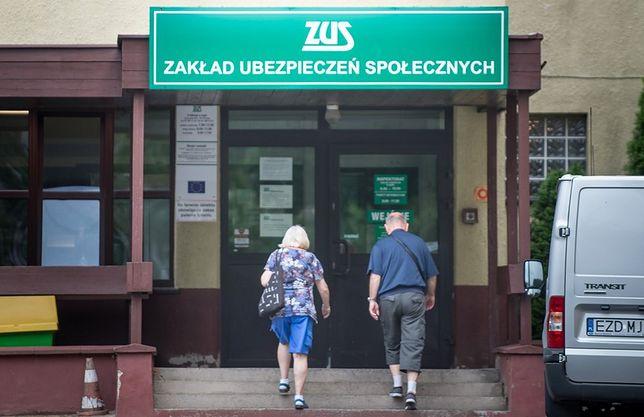 Doradcy z ZUS-u pomogą w wyliczeniu wysokości emerytury