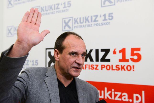"""Pijany komendant został """"wystawiony""""? Paweł Kukiz nie ma wątpliwości. """"Taki frajer"""""""