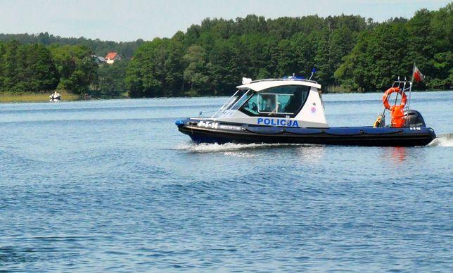Jezioro Dargin. Wypadek skutera na Mazurach. Nie żyje dwóch mężczyzn