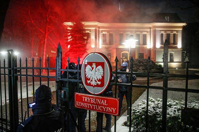 Strajk Kobiet w Warszawie. Poszkodowana dziennikarka