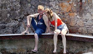 Sean Penn na wakacjach z dziewczyną. Dzielą ich 32 lata