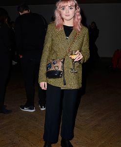 """Maisie Williams: Arya z """"Gry o Tron"""" w różowych włosach"""