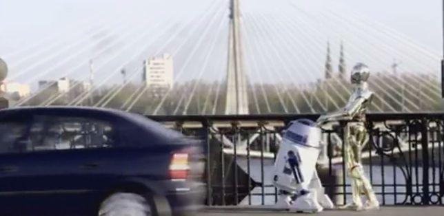 """Bohaterowie """"Gwiezdnych Wojen"""" odwiedzili Warszawę! (WIDEO)"""