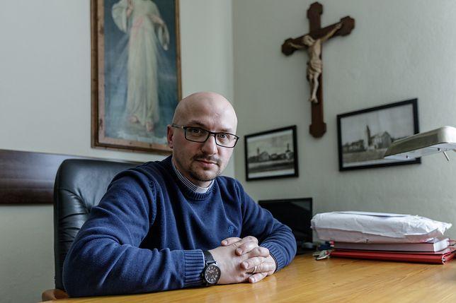Na o. Grzegorza Kramera spłynęła fala krytyki za słowa o papieżu