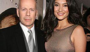 Bruce Willis leni się z żoną