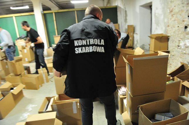 Nowe uprawnienia KAS. Urzędnik wcieli się w rolę klienta i sprawdzi, czy sprzedawca nabija na paragon.
