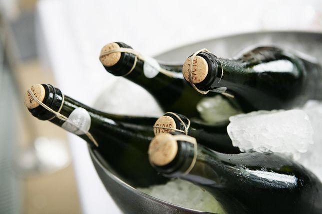 Wielkie fałszerstwo włoskiego wina. 30 mln puszek prosecco do kupienia przez portal Alibaba