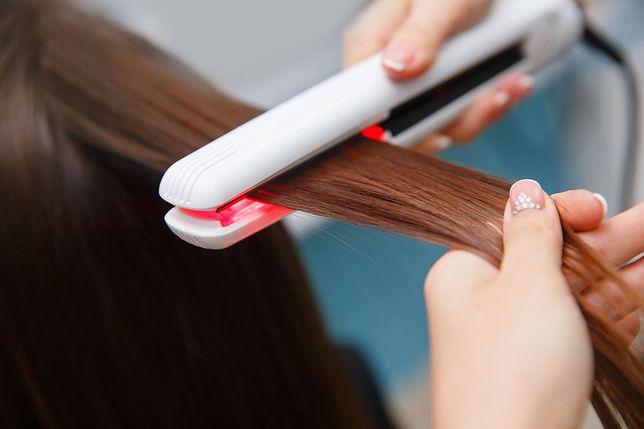 Jeśli chcesz zadbać o kondycję włosów, ogranicz pewne zabiegi