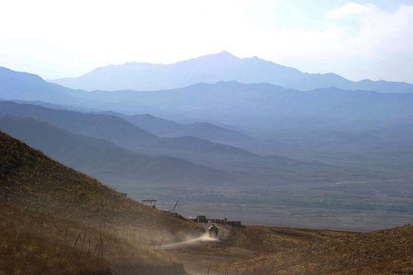 Afganistan: atak samobójczy na konwój wojsk ISAF