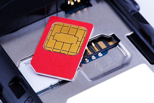 Rejestracja karty SIM. jakie daje korzyści?