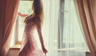 Halki i koszulki nocne mogą być świetnymi zamiennikami piżamy
