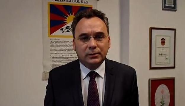 Szef poznańskiej PO Filip Kaczmarek zrezygnował z pełnionych funkcji