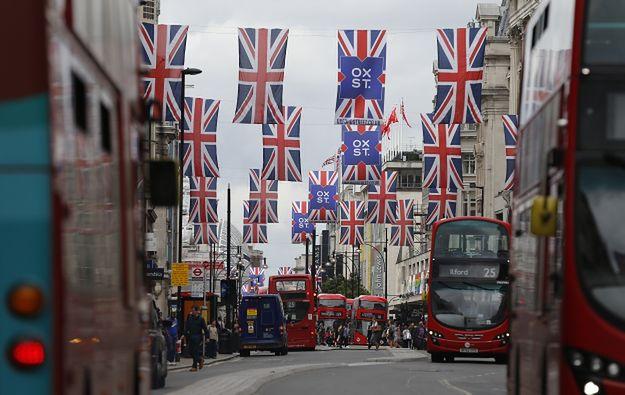 Ataki na Polaków w Wielkiej Brytanii. Jest reakcja szefa MSWiA