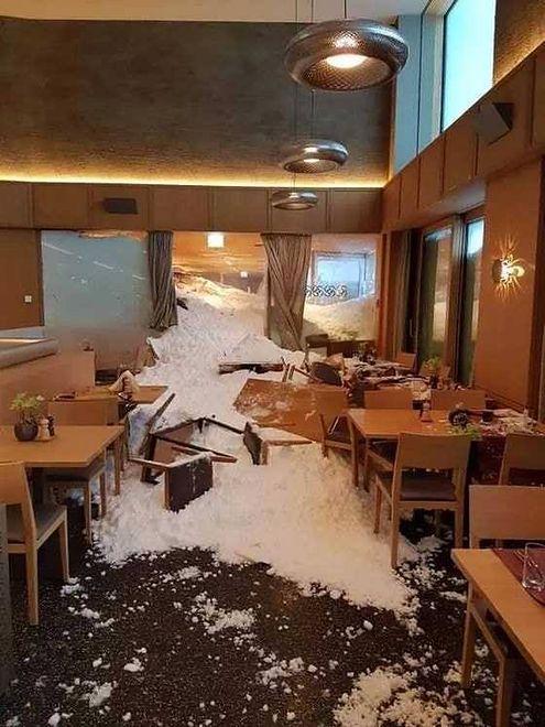 W wyniku zejścia lawiny w szwajcarskim hotelu ranne zostały trzy osoby