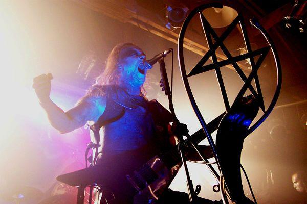 """Chcieli zakłócić koncert Behemotha, bo """"obraża ich uczucia religijne"""""""