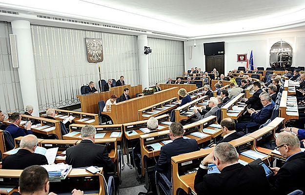 Senat wyjątkowo zgodny: propozycja nowego odznaczenia - Krzyża Zachodniego