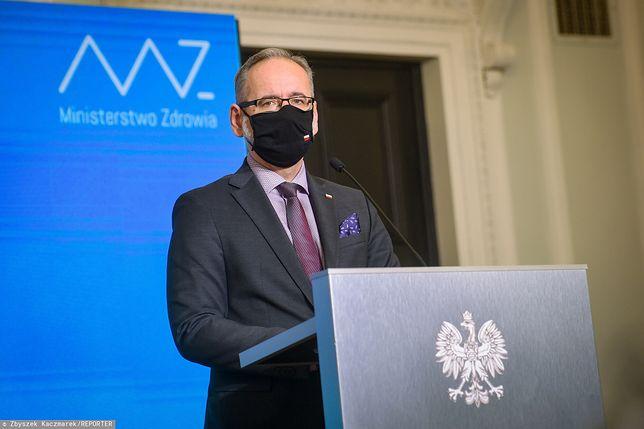 Mateusz Morawiecki apelował  o wstrzymanie wypłacania nagród dla ministerialnych urzędników. Ministerstwo Zdrowia wypłaciło miliony / foto ilustracyjne