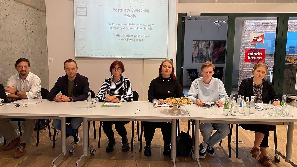 Konferencja prasowa ruchu Świecka Szkoła w Gdańsku