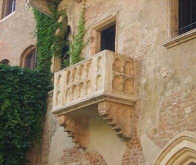 Balkon w domu Julii